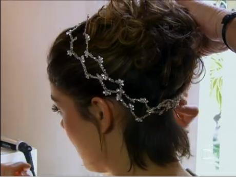 Penteado-e-tiara-que-Amora-usou-em-seu-casamento1